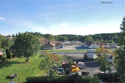 111. Bygget av Töcksfors Shoppingcenter har startat 2004. Foto : Bengt Erlandsson
