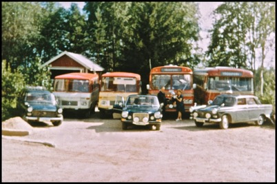 Mercedes 309D kort o låg årsmodell 1967 - 17 passagerare - köpt ny 1967 för 36.500:- / Mercedes 309D lång o hög årsmodell 1967 - 21 passagerare - köpt ny 1967 för 40.500:-