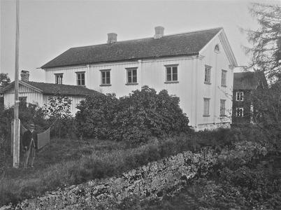 Rönningen med del av stenmuren. Töcksmark 1923.