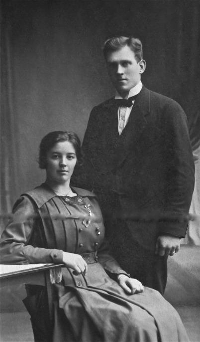 Karl Antonsson och Elvira född Lager.