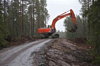 7 januari 2014 - På Mölnerudshöjden i Holmedal byggdes nya vägar i skogen, för den första vindkraftsparken i Årjängs kommun.