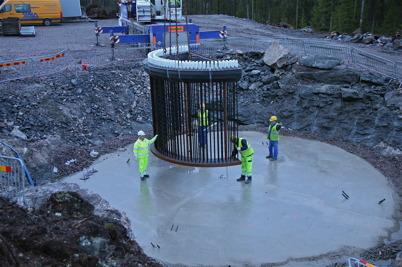 9 januari 2014 - Arbetet med byggnation av vindkraftsparken på Mölnerudshöjden fortsatte.