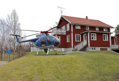14 mars 2014 - Turistgården invigde nya helikopterplattan.