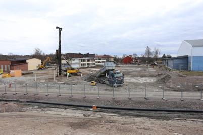 18 mars 2014 - Markarbetet vid skolbygget i Årjäng tog fart.