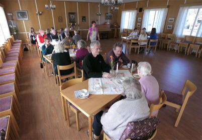 25 mars 2014 - Töcksmarks församling bjöd på våfflor med kaffe / dricka på Våffeldagen.