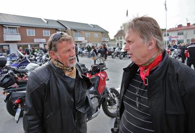 3 maj 2014 - Många motorcyklister samlades på torget i Töcksfors, på MC:ns dag.