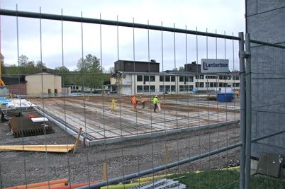 8 maj 2014 - Arbetet med grunden till nya högstadieskolan i Årjäng fortskred.