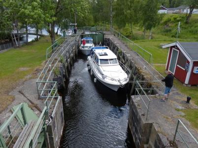22 juni 2014 - I Töcksfors Slussar hade båttrafiken kommit igång.