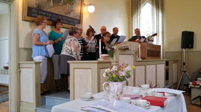 29 juni 2014 - Det hölls avslutningsgudstjänst i Håns Missionshus i samband med att Håns Byalag tog över ägandet av Missionshuset / foto Thomas Eriksson.