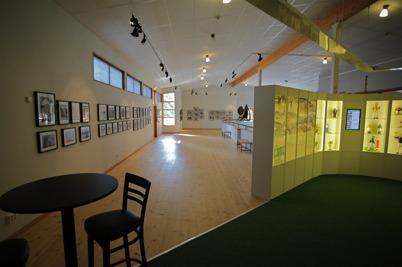 7 augusti 2014 - Töcksfors bildgalleri hade fotoutställning i Nordiska Travmuséet i Årjäng.
