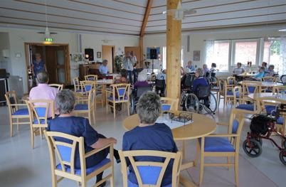 9 augusti 2014 - Även Solgården i Töcksfors fick ta del av musikprogrammet Allsköns musik.