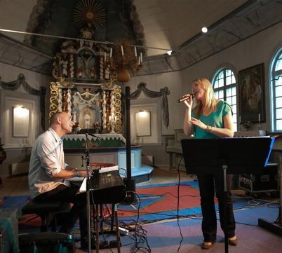 7 september 2014 - Anette Lövtangen och Stig Lindell bjöd på konsert i Töcksmarks kyrka.