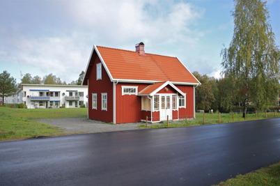 25 september 2014 - Slussvaktarstugan i Töcksfors stod klar efter omfattande renovering.
