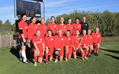 27 september 2014 - Töcksfors IF damlag gjorde det igen, serieseger och den här gången uppflyttning till division 2.