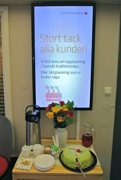 10 oktober 2014 - Westra Wermlands Sparbank, bygdens bank, fick återigen en topplacering i Svenskt Kvalitetsindex, vilket firades med tårta.