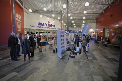 7 november 2014 - I Töcksfors shoppingcenter arrangerades mässan Möjligheternas Grenseland.