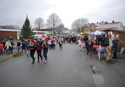 29 november 2014 - I Örje arrangerades en mycket välbesökt julmarknad.