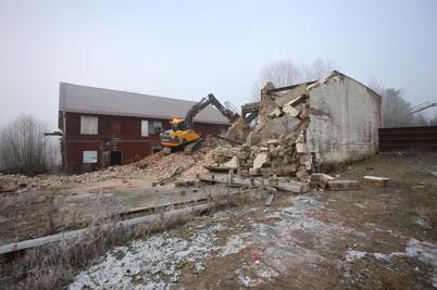 3 december 2014 - Vid gamla sågverket jämnades spånfickan och pannrummet med marken.