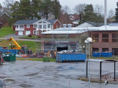 11 december 2014 - Och ombyggnaden av brandstaionen fortsatte.