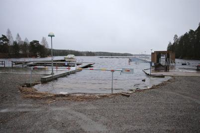 11 december 2014 - Vattnivån steg i sjöarna och SMHI utfärdade en klass 1 varning för höga flöden.