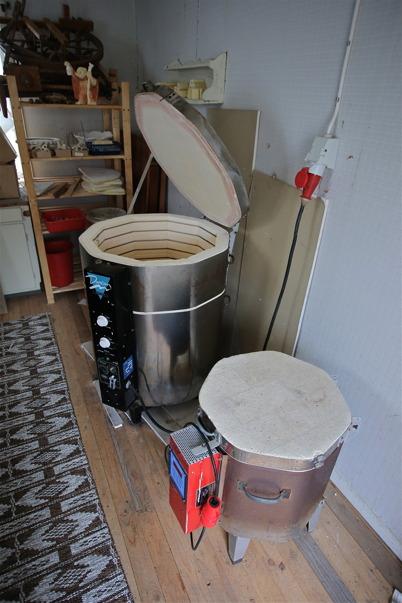 Ugnar för keramikbränning.