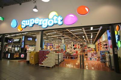 Godisbutiken Supergott i shoppingcentret.