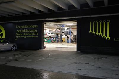 Mekonomen bilverkstad i centrets P-Hus.