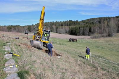 24 april 2014 - Ibland är det rena detektivarbetet att finna befintliga kablar i marken.