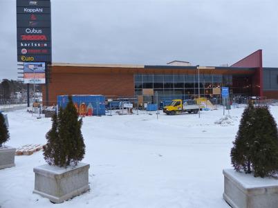 26 januari 2013 - vid Shoppingcentret fortsatte arbetet med färdigställande av utbyggnaden.