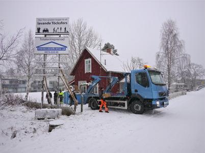 4 februari 2013 - renoveringen av Slussvaktarstugan påbörjades.