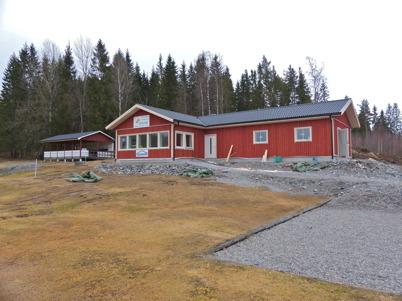 19 april 2013 - vid Hagavallen gick arbetet vidare med nya klubbstugan.