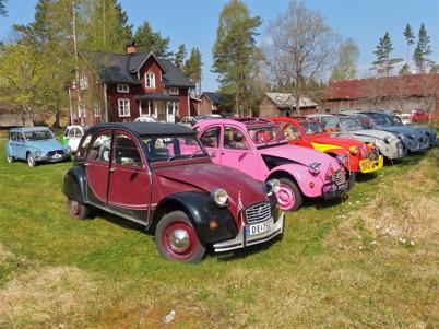 18 maj 2013 - svensk / norsk citroenclub hade utflykt till bilskroten i Båstnäs.