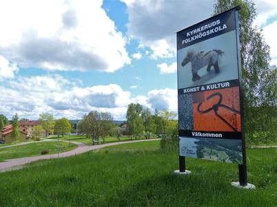 24 maj 2013 - vid Kyrkeruds Folkhögskola var det vårutställning av konst.