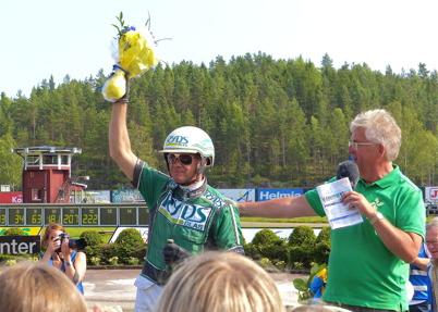 13 juli 2013 - och det blev hästen Sebastian K med kusken Åke Svanstedt som vann Årjängs stora sprinterlopp.