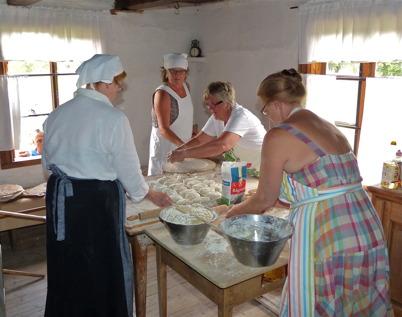 27 juli 2013 - så var det traditionsenlig gammeldag på Ögårn i Dusserud.