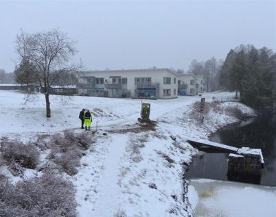 19 januari 2015 - Vestnet gräver ner fiberkabel för bredband till bostadsrätterna vid övre slussen.