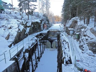 Slussportarna vid nedre slussen är borttagna för renovering / Foto : Lars Brander - 7 december 2010