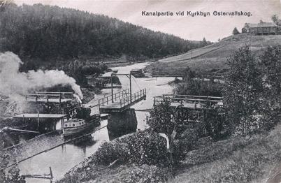 Ångbåt på kanalen vid Kyrkobyn i Östervallskog / Foto : okänd.