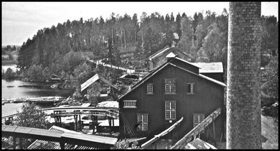 Pappersmassafabriken vid Töcksfors Bruk - 1930- 1940-talet / foto : Uno Brander.
