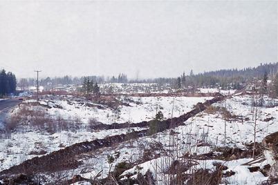 Februari 1975 - Industriområdet Källhultet byggs.