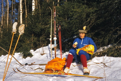 Februari 1975 - Funktionär under skidtävlingen Over Kölen.