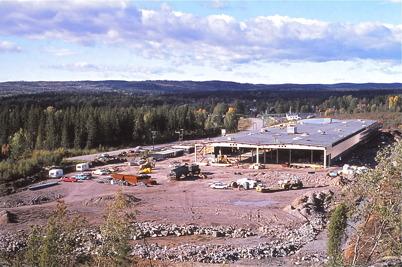 Oktober-november 1975 - Byggnation av TVAB på Källhultets industriområde.