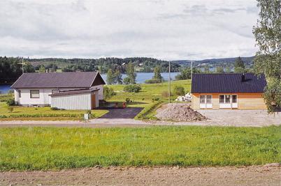 Juni 1975 - Byggnation av villor på Strandvägen i Töcksfors.