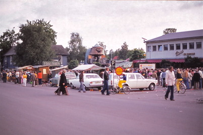 Juli-Augusti 1975 - Torget i Årjäng ( Julijula ? )