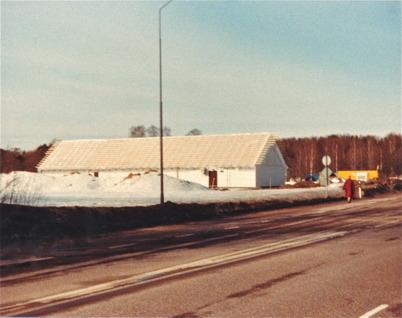 Byggnation av bensinstationen Q8 på Älverudsområdet där Shoppingcentret ligger idag.