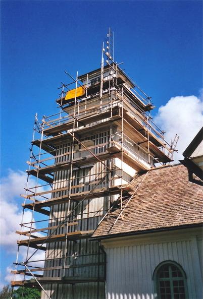 Utvändig renovering av Töcksmarks kyrka 2008.