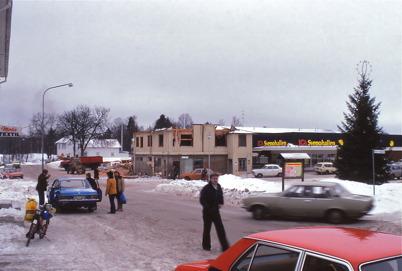 Owes Livs ( tidigare Handelsbolaget ) rivs 1978 för att bereda plats för nya ICA Svenohallen.