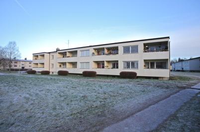 9 januari 2015 - I Töcksfors började Årjängs Bostads AB renovera hyreshus.