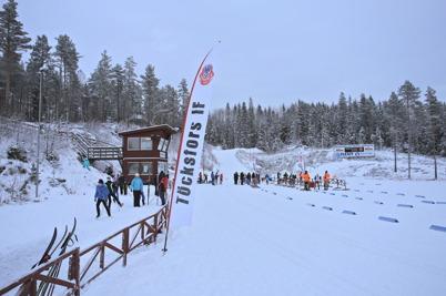 11 januari 2015 - Så var det dags för Töcksfors IF att arrangera skidtävling på Kölen.