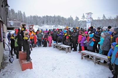11 januari 2015 - Töcksfors IF:s skidtävling på Kölen lockade många.